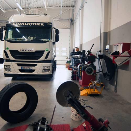Szonlajtner-kamion-pneu
